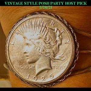 HP💕1925 Liberty Silver Peace Dollar Coin Bracelet